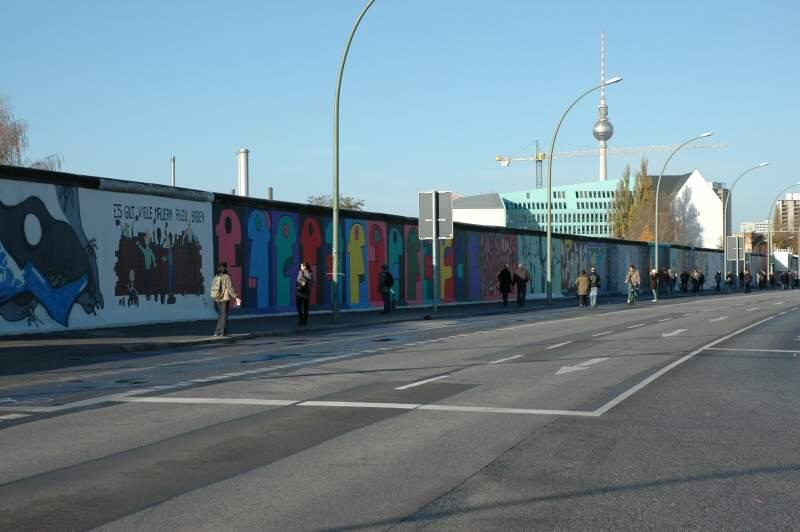 East Side Gallery i Berlin. Foto: Gaute Nordvik