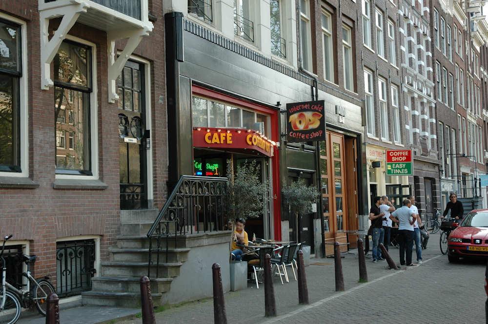 En typsisk Coffeeshop i Amsterdam — Foto: Gaute Nordvik