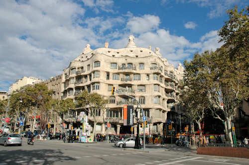 Fly og hotell Barcelona