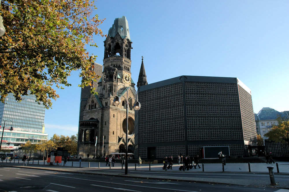 Kaiser-Wilhelm-Gedächtnis-Kirche i Berlin - Foto: Gaute Nordvik