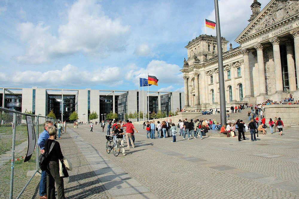 Riksdagen - Riksdagsbygningen i Berlin