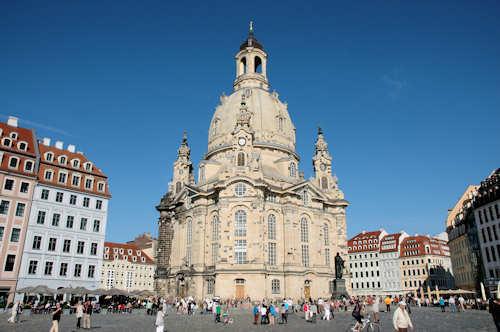 Fly og hotell Dresden