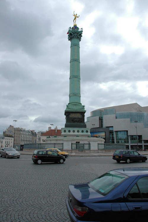 Søylen på Bastille-plassen i Paris – Foto: Gaute Nordvik