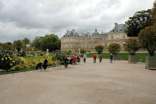 Luxembourghagen med palasset til høyre - Foto: Gaute Nordvik