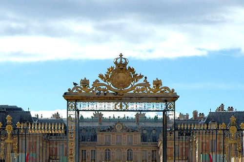 Inngangsporten til Versaillespalasset - Foto: Gaute Nordvik