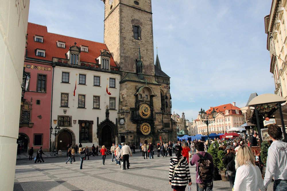 Den astronomiske klokke på det gamle rådhuset i Praha - Foto: Gaute Nordvik