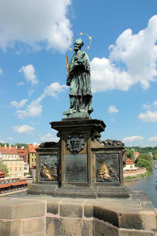 Statue av den tsjekkiske helgenen John av Nepomuk - Foto: Gaute Nordvik