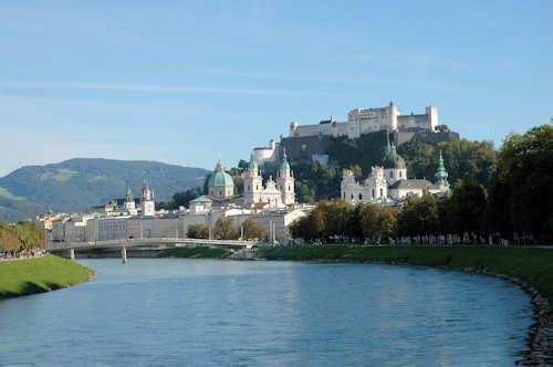 Fly og hotell Salzburg